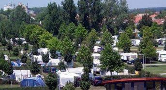 Várkert Termal Camping – Pápa