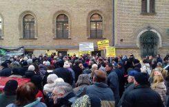 Állampolgári tüntetés a TMRSZ főtitkára mellett